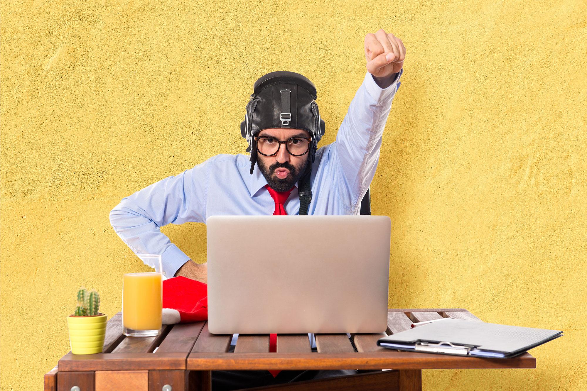 ceo startup superman 30 customer